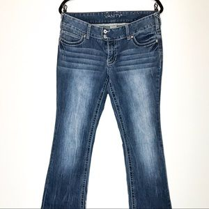 Vanity Jeans Whiskered Straight Leg